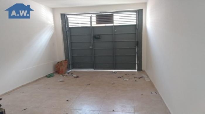 L0118 - Excelente casa individual com garagem - Vila Dirce